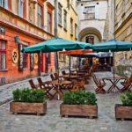 Город узеньких улиц и средневековых каменных домов