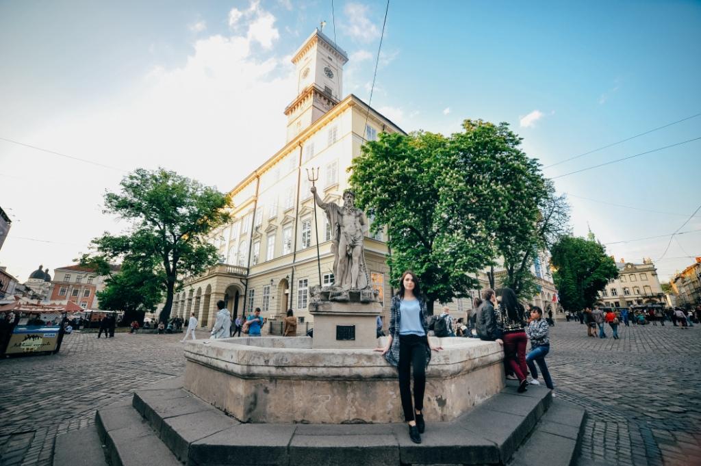 10 фактов о фонтанах на Площади Рынок во Львове