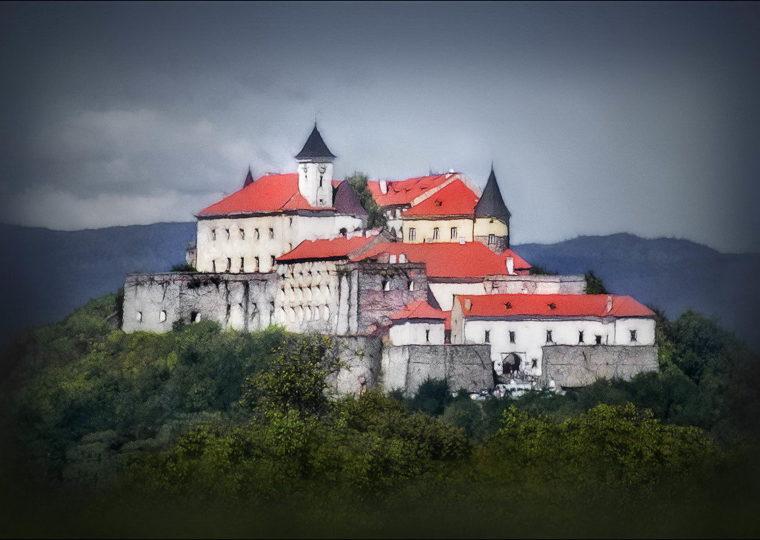 Тури Західною Україною Нарциси і 7 перлин Закарпаття