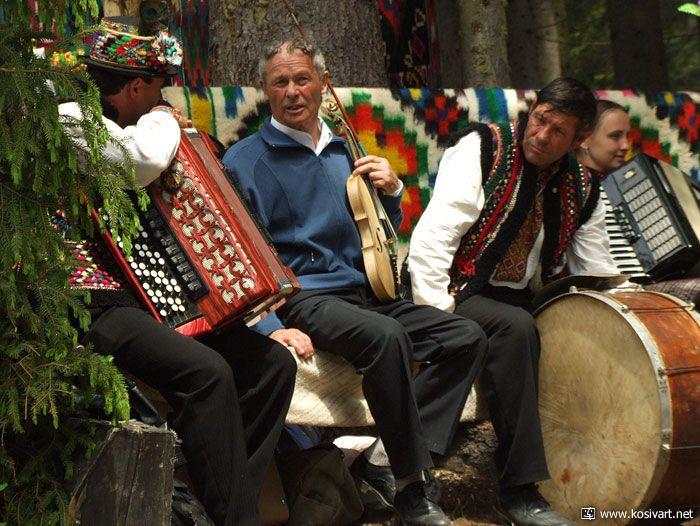 Тури Західною Україною Довкола Карпат за 7 днів
